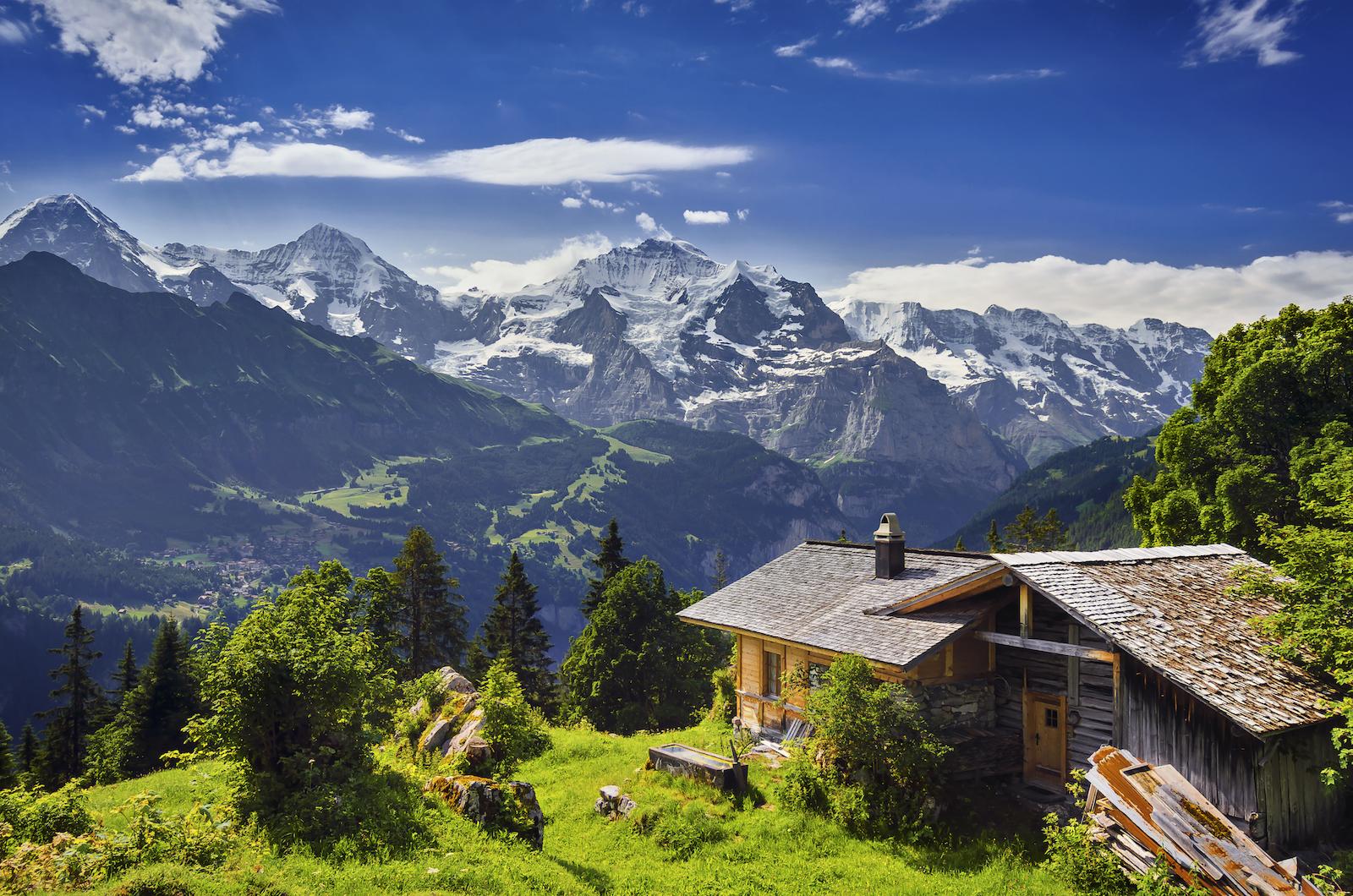 bigstock-The-Swiss-Alps-49255280-copie